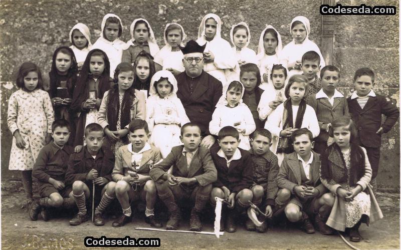 1942-04-foto-antigua-primera-comunion-galicia