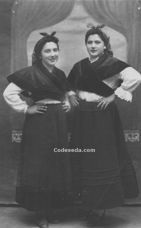 1943-antiguos-trajes-gallegos