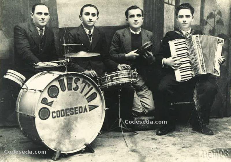1944-02-orquestina-codeseda-antigua