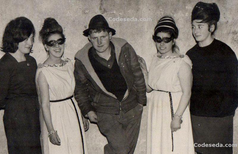 1964-26-disfraces