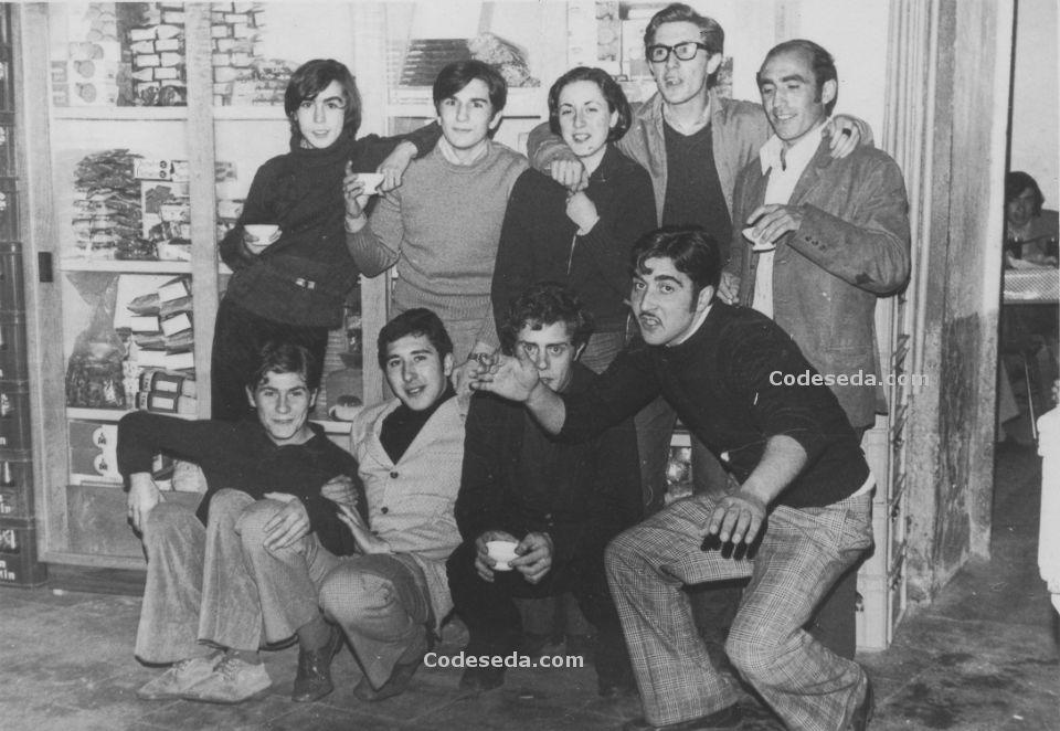 1971-29-jovenes-setenta