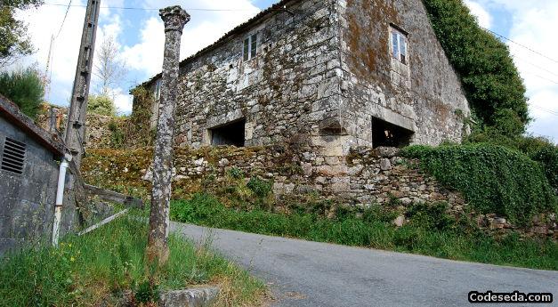 cruceiro-barro-a-estrada-galicia